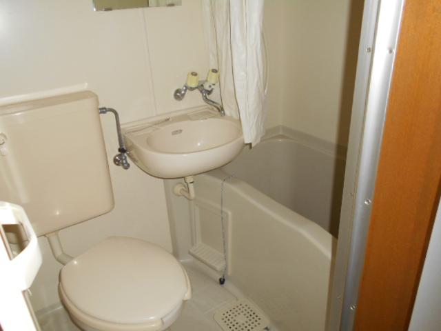 ISプラステリア 103号室の風呂
