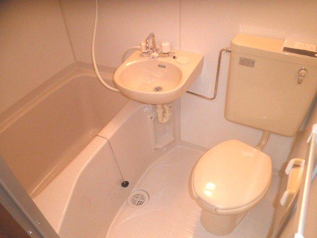 サンパレス 201号室の風呂