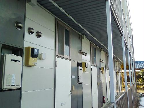 レオパレスイースト 204号室の駐車場