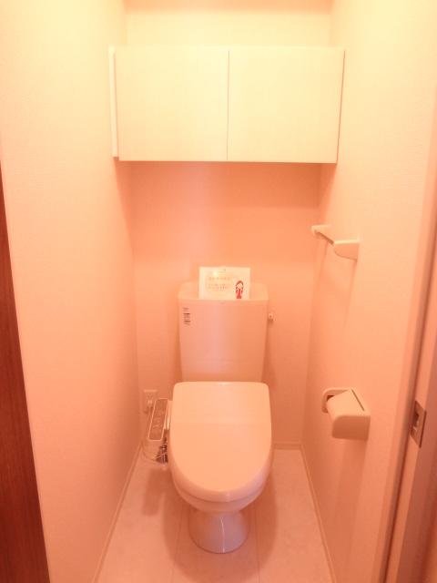 エスポワールD 101号室のトイレ