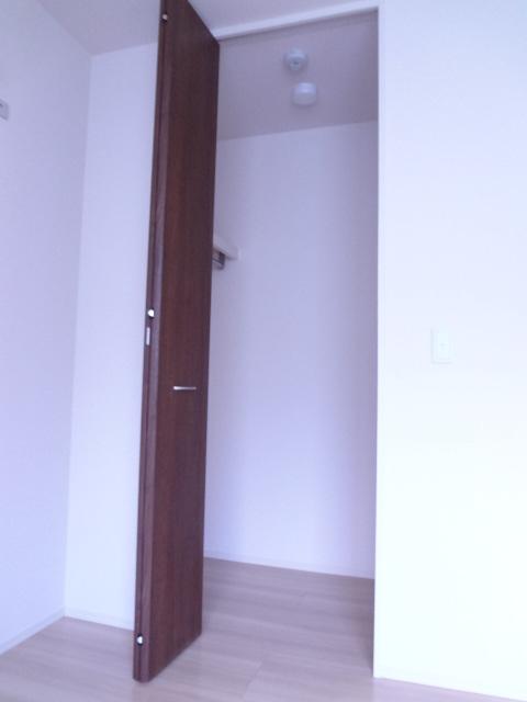 エスポワールD 101号室の収納