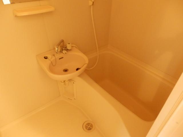 エクレール相原B 203号室の風呂
