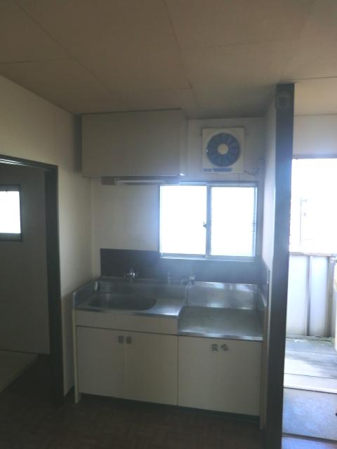フォーブル吉岡 203号室のキッチン