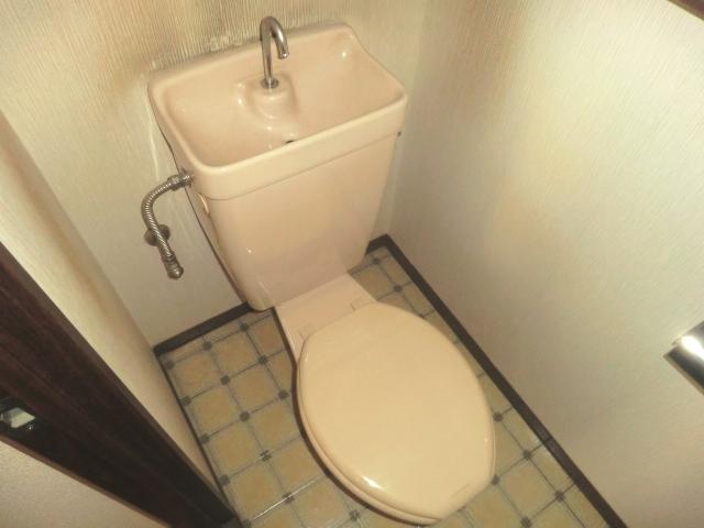フォーブル吉岡 203号室のトイレ