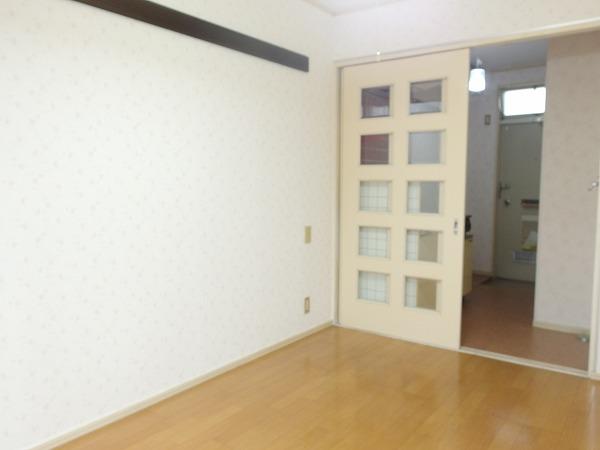 榎本ハイツ 201号室のベッドルーム