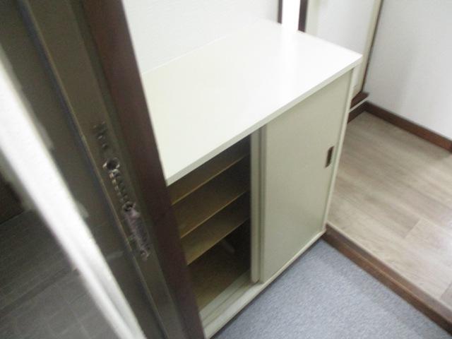 第3カーサ円正 3B号室の収納