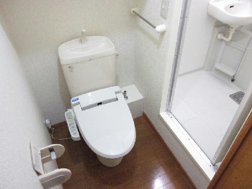レオパレス小野 302号室のトイレ