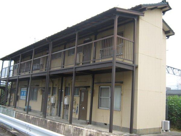 津田荘の外観
