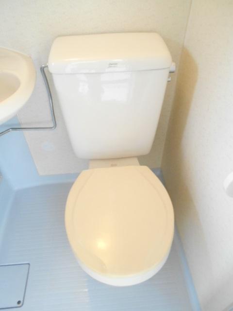 フェニックス聖蹟 203号室のトイレ