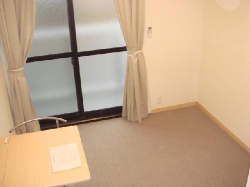 レオパレス高島 312号室のリビング
