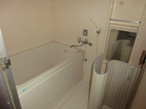 ハイグレージュM 302号室の風呂