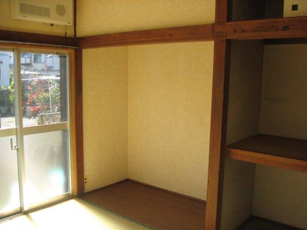 第2平荘 102号室の収納