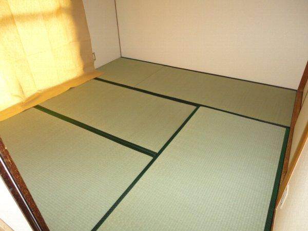 コーポ八田 201号室のベッドルーム