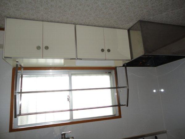 コーポ八田 201号室のキッチン