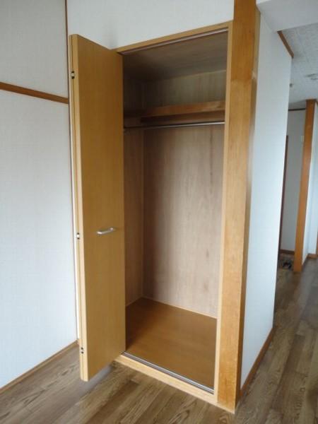 コーポ八田 301号室の収納