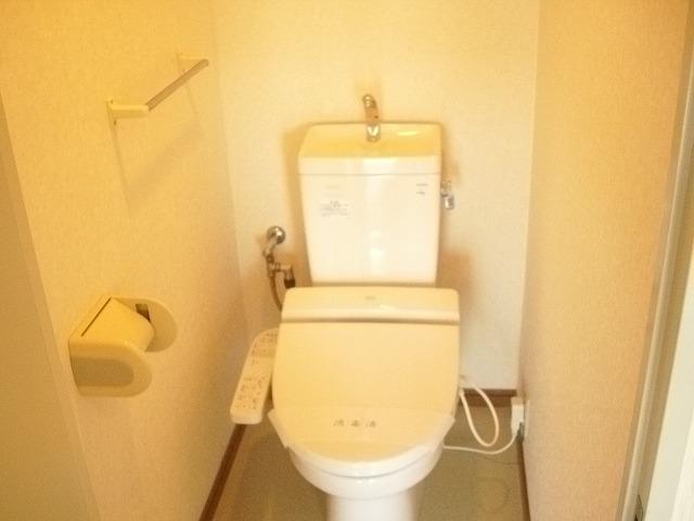 KHハイツⅡ 201号室のトイレ