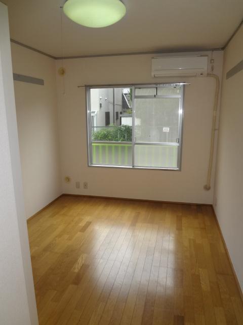 オーシャンハイツパート1 108号室の景色