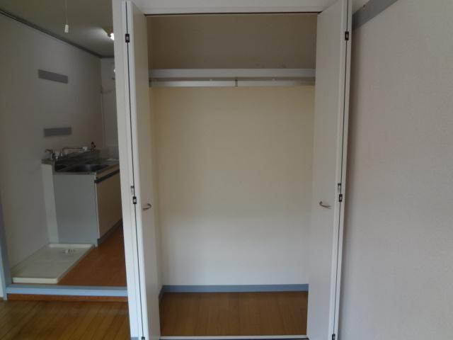 オーシャンハイツパート1 108号室の収納