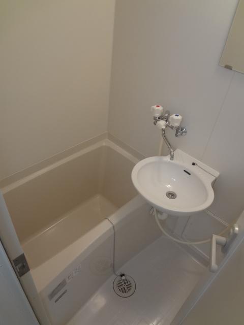 オーシャンハイツパート1 108号室の風呂