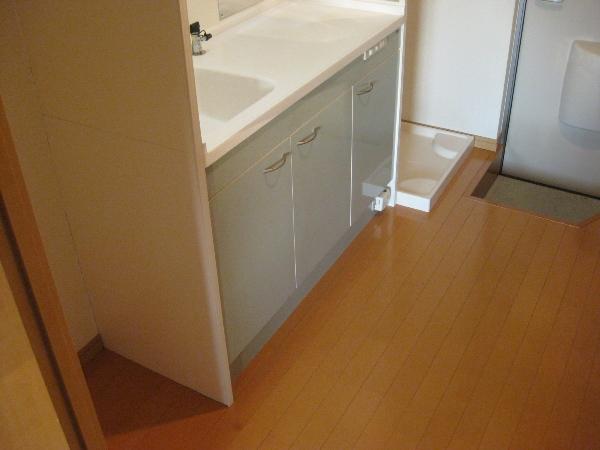 プランドール瓢箪山 105号室のキッチン
