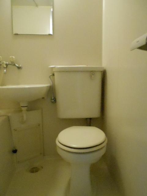 セイシェル 305号室のトイレ
