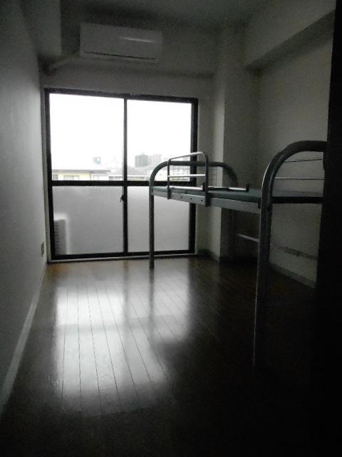 セイシェル 305号室のリビング