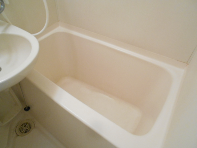 フラット・ニフティー 103号室の風呂