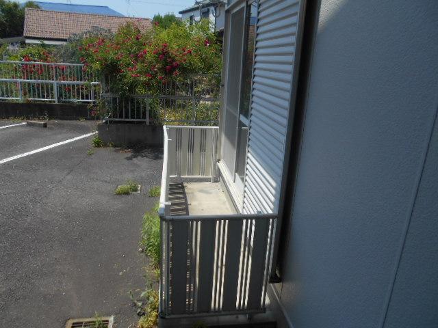 ハイツサングリア 103号室のバルコニー