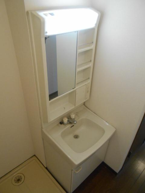 ハイツサングリア 103号室の洗面所