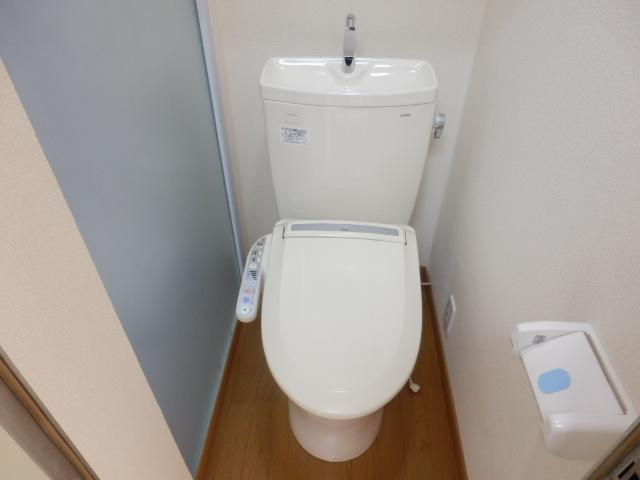 菊井コーポ 302号室のトイレ