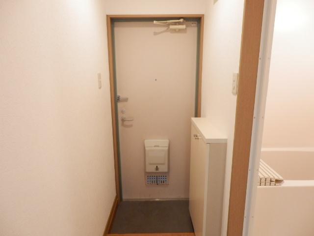 ミユキコーポ 202号室の玄関