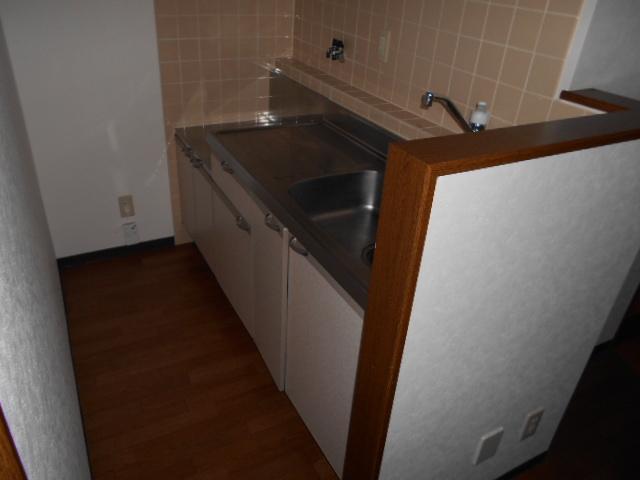 ツインズKⅡ 202号室のキッチン