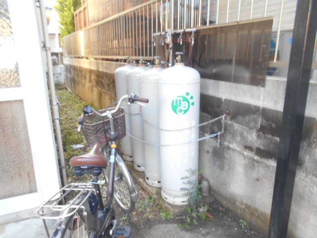 喜久美荘 202号室の駐車場