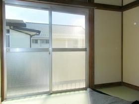 豊荘 202号室のリビング