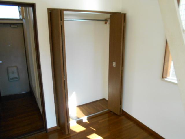 ラフォーレ錦 203号室の収納