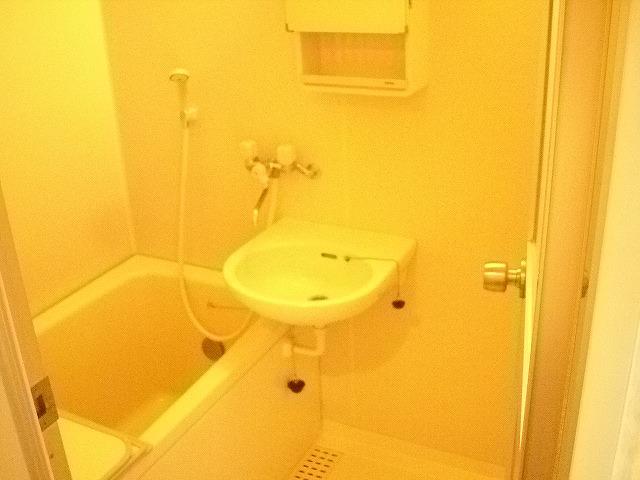 KHハイツⅡ 203号室の風呂