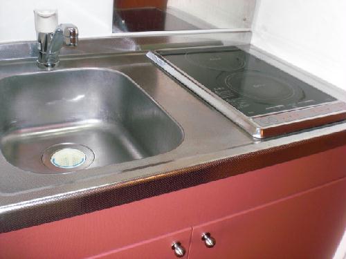 レオパレス多摩平 103号室のキッチン