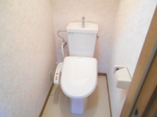 ソミュール百草Ⅰ 103号室のトイレ
