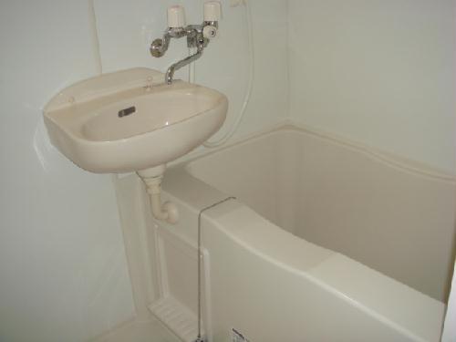 レオパレス玉楽 103号室の風呂