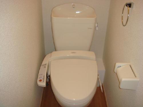 レオパレス玉楽 103号室のトイレ