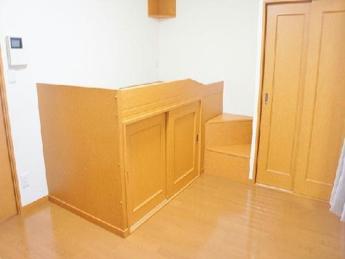 レオパレスエスポワール 106号室のリビング