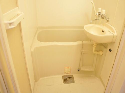 レオパレスエスポワール 106号室の風呂
