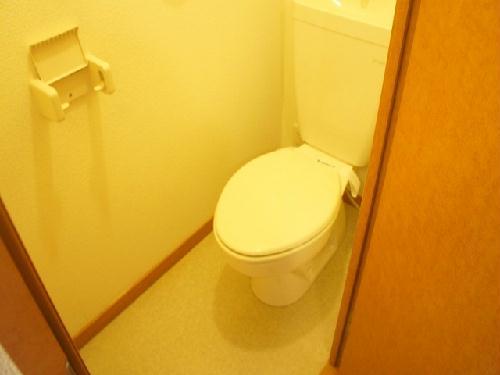 レオパレスエスポワール 106号室のトイレ