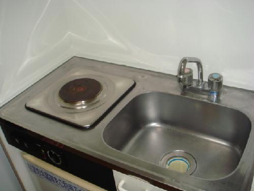 レオパレススペースイン 101号室のキッチン