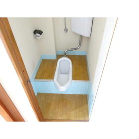 コーポ三広 203号室のトイレ