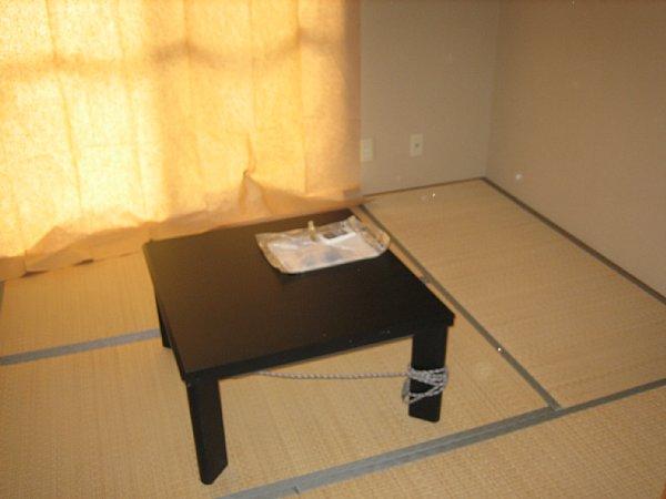 サンハイツ大野木 202号室のベッドルーム