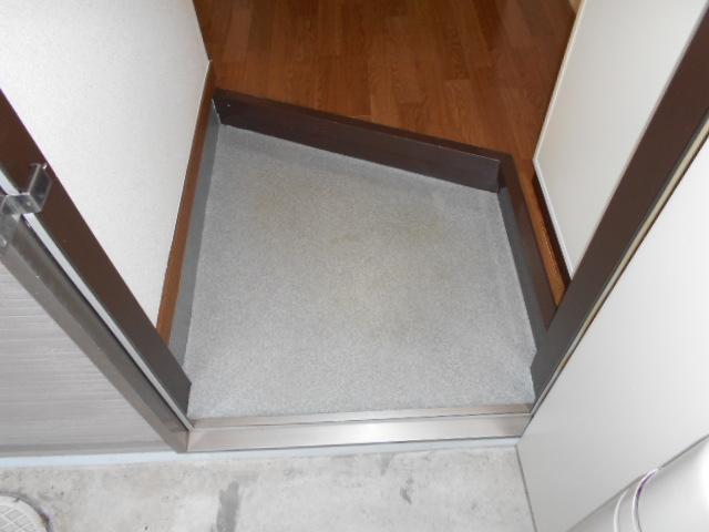 Ein Sakurai 103号室の玄関
