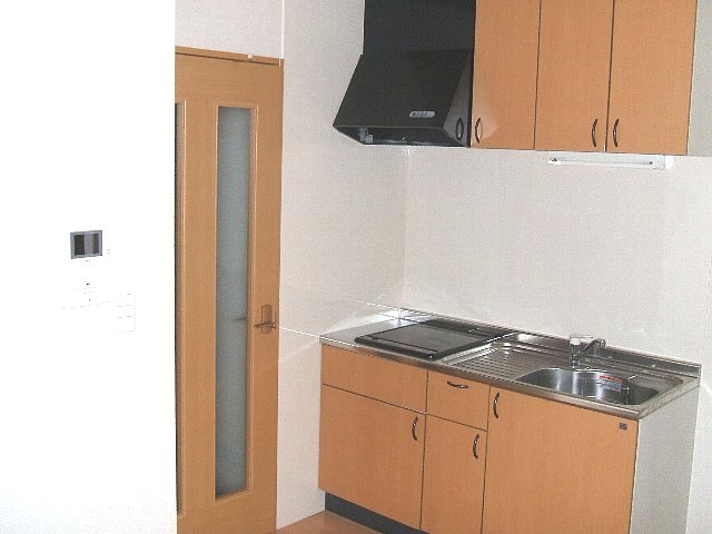 サン・friends北外山 205号室のキッチン