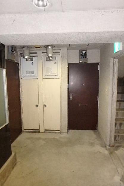 プレズ名古屋徳川 3B号室のロビー