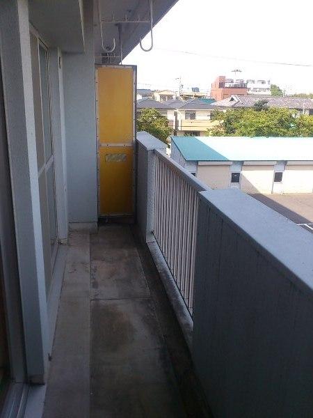 OS・SKYマイネビル 306号室のバルコニー